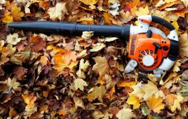 Leaf Blower Uses – 9 Different Ways to Use One
