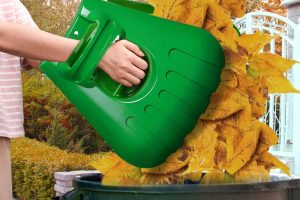 Large Leaf Scoops For Fast Leaf and Lawn Grass removal
